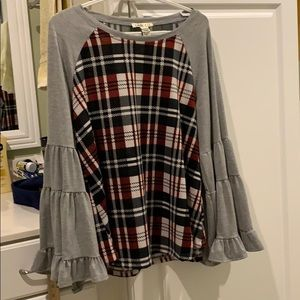 Camille & Co Top w/ bell sleeves